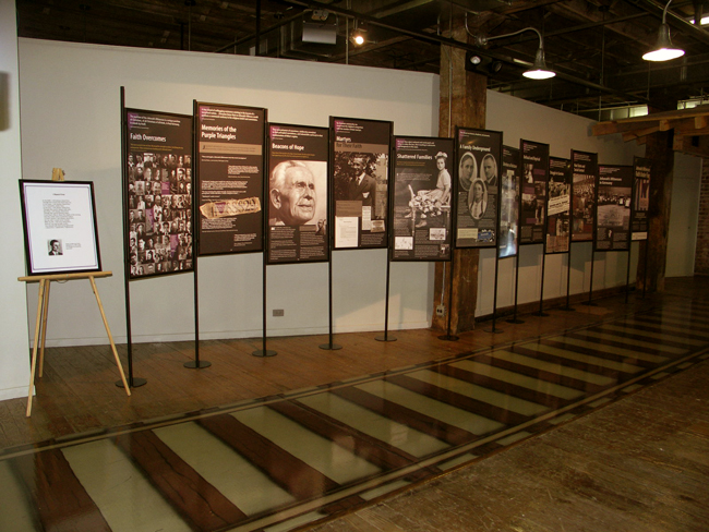 pages traveling exhibitions